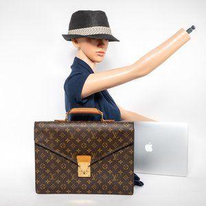 """Louis Vuitton Bags - LAST 1! 😍 LOUIS VUITTON Briefcase Macbook Pro 15"""""""